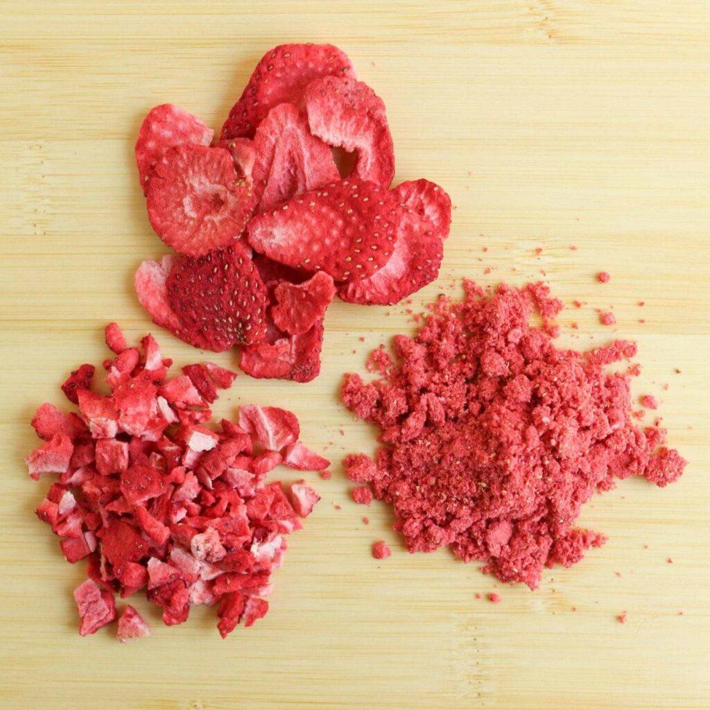 freeze dried strawberries1 1024x1024 - Сублимированная ягода